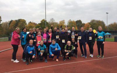 04.11.2018 24 Laufanfänger bestehen beim DJK Gütersloh Halbmarathon über 5km ihre Reifeprüfung